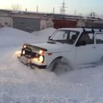 Ваз 21214 езда по снегу. Видео