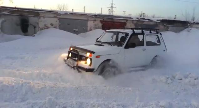 ваз-21214-по-снегу-видео