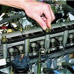 Как отрегулировать в клапанном механизме карбюраторного двигателя тепловые зазоры